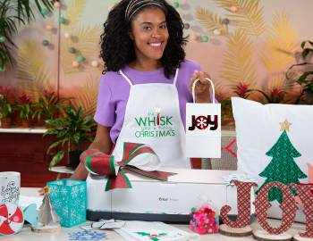 Holiday Cricut Crafts: 30 Festive Projects