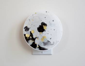 Cricut Crafts: Make a Lunar Nightlight