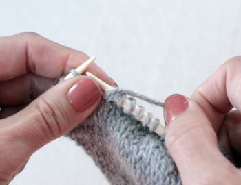 Knitting Techniques: How to Knit Fast
