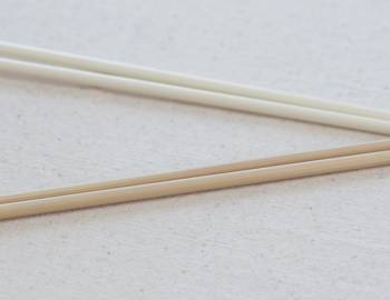 Knitting Techniques: Using Consistent Needles