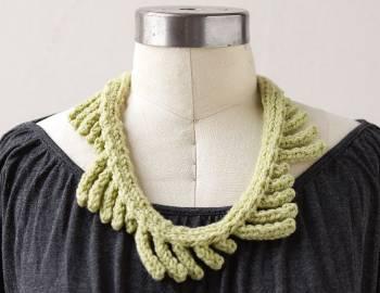 Knit a Necklace