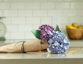 Cricut Paper Flowers: Make a Hydrangea